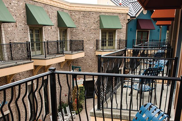 margaritaville-pigeon-forge-balcony