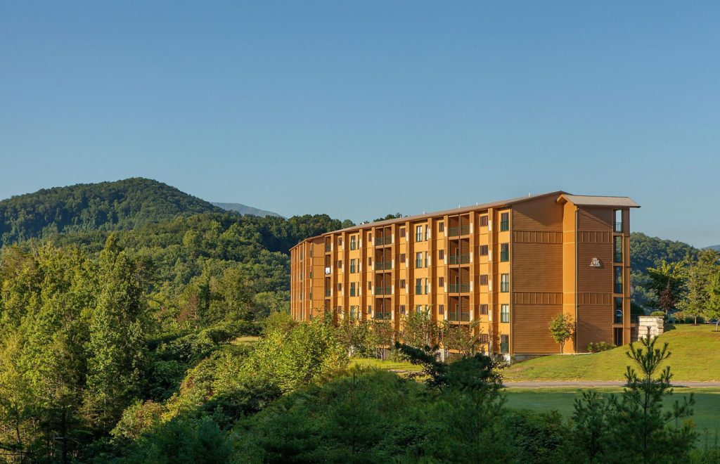 mountainloft resort smoky mountains bluegreen vacations gatlinburg tennessee