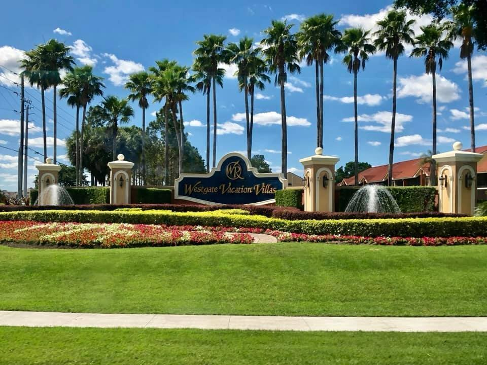 welcome sign at the westgate vacation villas in kissimmee, florida