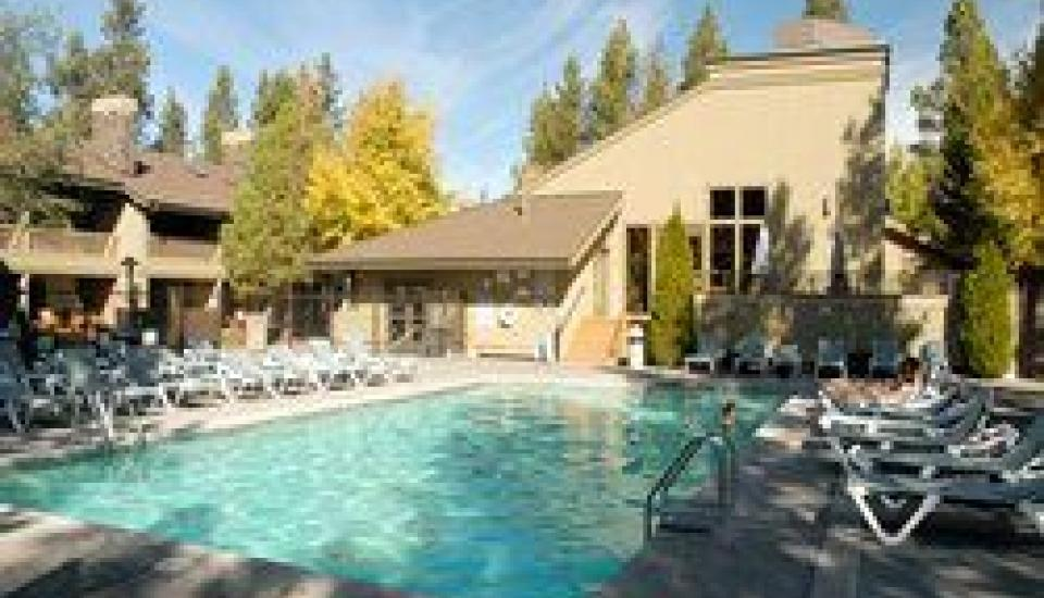 Vacation Internationale The Pines at Sunriver - Slideshow Image 2