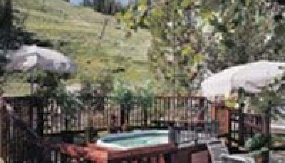 Red Wolf Lodge at Squaw Valley - Slideshow Image 4
