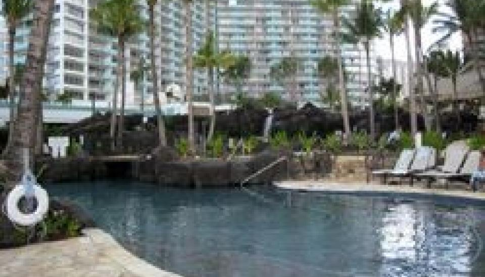 Hgv Club At The Grand Waikikian - Slideshow Image 3