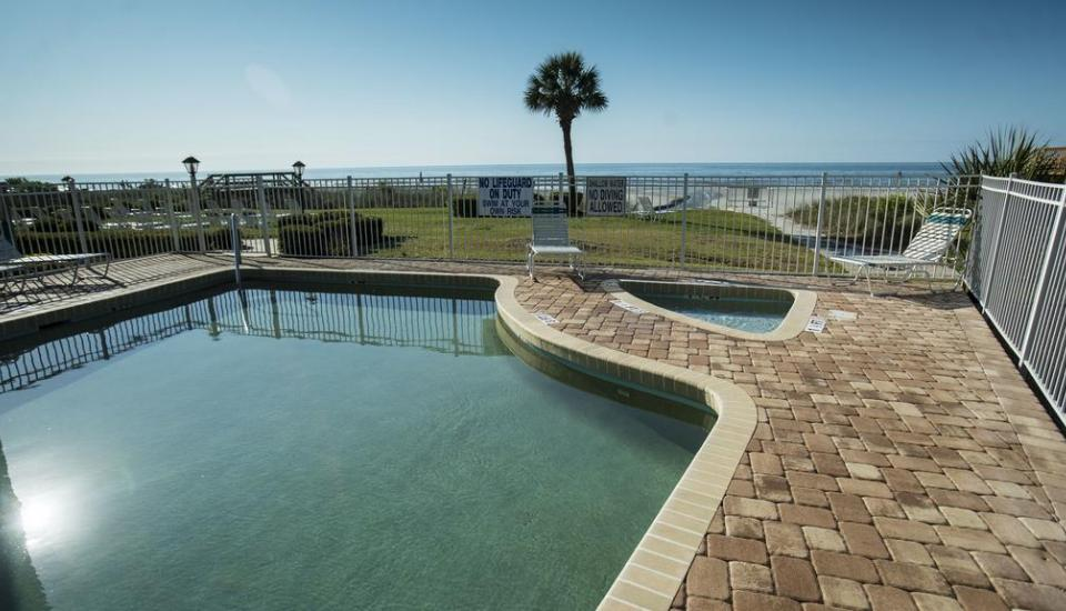 Beach House Golf And Racquet Club - Slideshow Image 3