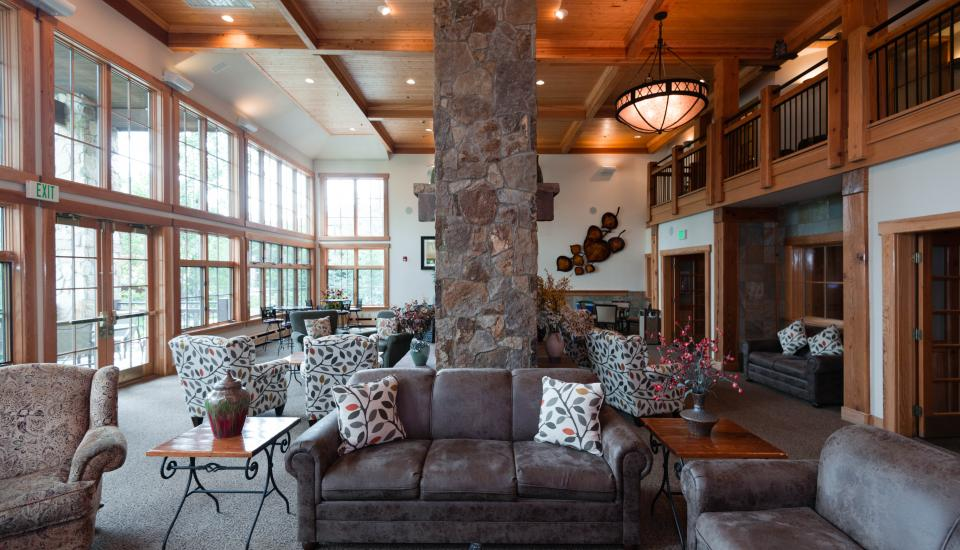Grand Timber Lodge - Slideshow Image 4
