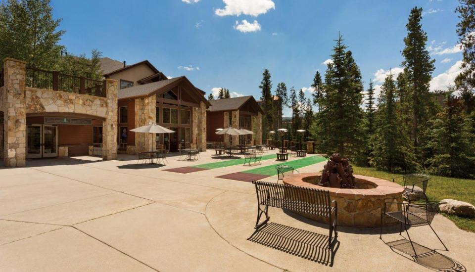 Grand Timber Lodge - Slideshow Image 14